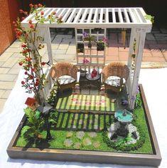 Miniature Crafts, Miniature Fairy Gardens, Miniature Houses, Miniature Dolls, Modern Dollhouse, Diy Dollhouse, Dollhouse Miniatures, Fun Crafts, Diy And Crafts