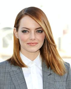 Emma Stone / Straight Hair / Love the Strawberry Blonde Color