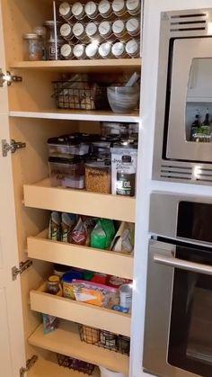 Kitchen Cabinets Color Combination, Kitchen Cabinet Colors, Kitchen Sink, Kitchen Organization, Organization Hacks, Organizing, Modern Kitchen Design, Interior Design Kitchen, Build Your Dream Home