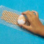 Как да направим яйца на точки с найлон на балончета