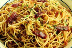 Spaghetti mollica e acciughe
