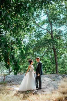 This Bride chose a Tony Ward gown for her Wedding Day | The Markows Photography | KleinfeldBridal.com