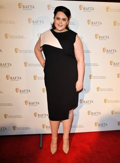 Pin for Later: Les Photos People de la Semaine à ne Pas Manquer  Sharon Rooney stunned on the red carpet of the British Academy Scotland Awards in Glasgow.