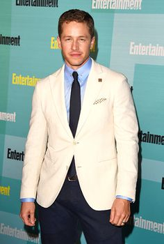 Josh Dallas #EWComicCon
