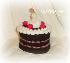 Utensilos & Stoffkörbchen - Toilettenpapierhut Schwarzwälder Kirschtorte Cake - ein Designerstück von contra0815 bei DaWanda