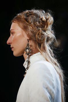 Alexander McQueen Spring 2016 Ready-to-Wear Accessories Photos - Vogue
