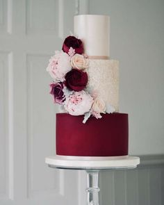 Burgundy shimmer wedding cake