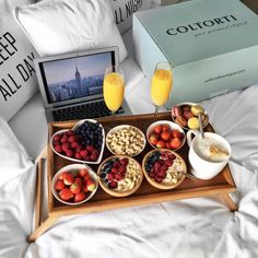 Keto Delivered Artisan Goodies for Keto Foodies - Healthy Food Delivery - Ideas of Healthy Food Delivery - тыс. отметок Нравится 97 комментариев Healthy Food Delivery Ideas of Healthy Food Delivery тыс. Romantic Breakfast, Breakfast In Bed, Breakfast Ideas, Power Breakfast, Think Food, Love Food, Healthy Snacks, Healthy Recipes, Keto Snacks