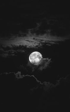 Yep dark moon, sky moon, wolf moon, stars and moon, moon river Night Sky Wallpaper, Black Phone Wallpaper, Wallpaper Space, Cool Black Wallpaper, Nike Wallpaper, Black And White Picture Wall, Black And White Pictures, Night Aesthetic, Aesthetic Colors