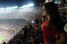 women's red shirt, woman in red jersey shirt standing on soccer field Manchester United Camp Nou Girls Soccer, Soccer Fans, Sporty Girls, Football Love, Football Fans, Football Girls, Camp Nou, Manchester United Wallpaper, Soccer