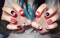Mickey + Minnie Nails. Can you tell that I'm excited to go to Disneyland?