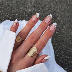 summer nails ideas 2021#nails#nail#nailart#acrylicnaildesignsforsummer#nail2021#summernail#summernailscolorsdesigns#acrylicnaildesignsforsummer Chic Nail Art, Chic Nails, Stylish Nails, Trendy Nails, Swag Nails, Elegant Nails, Cute Acrylic Nails, Gel Nails, Pink Nails