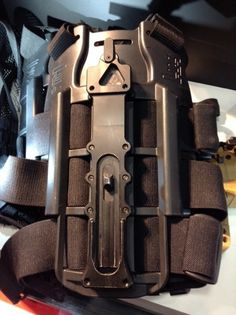 MP7 thigh rig