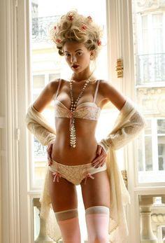 marie antoinette-ish boudoir