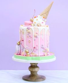Pastel unicorn type cake