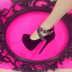 #Sexy #Black #Heels from #PinkBasis