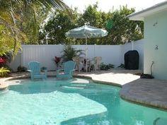 Holmes Beach Villa Rental: Sundaze: Very Short Block To Beach, West Of Gulf Drive, Adorable Villa, Private Heated Pool!   HomeAway Anna Maria 1200$
