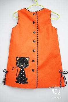 Items similar to Black Cat Halloween Sweetie Dress- Monogram Cat Halloween Dress on Etsy, Diy Abschnitt, Frocks For Girls, Little Girl Outfits, Little Girl Dresses, Kids Outfits, Baby Dresses, Dress Girl, Girls Frock Design, Kids Frocks Design, Baby Dress Design
