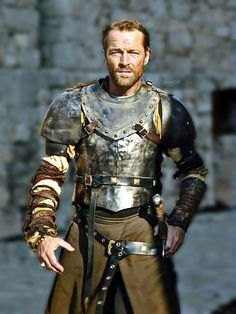 """Alan: """"Can I just talk about the way Iain Glen can walk in a suit of armor? Mormont Game Of Thrones, Game Of Thrones 3, Jack Taylor, Iain Glen, Game Of Thrones Costumes, Spade, Scottish Actors, Suit Of Armor, Armor Concept"""