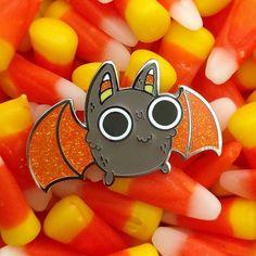 @sprinkle.bat Sweet candy corn bat pin