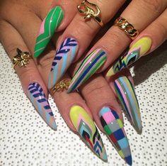 Make an original manicure for Valentine's Day - My Nails Diva Nails, Glam Nails, Hot Nails, Bling Nails, Beauty Nails, Stiletto Nails, Hair And Nails, Coffin Nails, Cute Acrylic Nail Designs