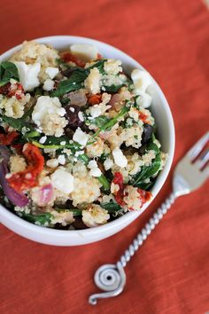 Mediterranean Quinoa Salad by theroastedroot #Salad #Quinoa #Healthy