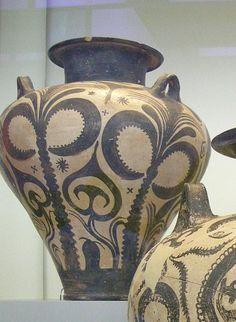 Vase from mycenaean cemetary at Deirada, Argos, 15 cent BC