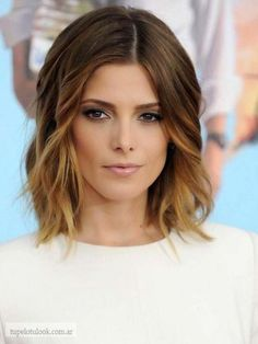 Beautiful hairstyle: Lob (long bob) on brown ombre hair with caramel highlights.