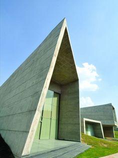 Casa Patio / Sanjay Puri Architects