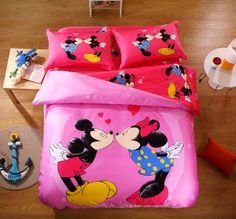 Hot Seller 100% Cotton Mickey Minnie Mouse Bedding Kissing Minnie And Mickey Bedding Comforter Sets For Kids