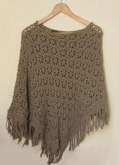 Kup mój przedmiot na #vintedpl http://www.vinted.pl/damska-odziez/bluzy-i-swetry-inne/9870790-poncho-azurowe-swetrowe-z-pretty-girl