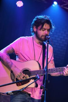 You remember when Biffy  Clyro performed at JBTV?