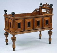 Top 10 Cheap Bassinets For Your Baby Nursery Furniture, Kids Furniture, Antique Furniture, Baby Crib Bedding, Baby Cribs, Furniture Styles, Furniture Design, Antique Nursery, Antique Crib