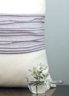 DIY:: Gorgeous Anthroplogie Inspired Pillow