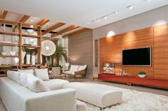 painel Home theaters painel de madeira para home theater Living Room Photos, Small Living Rooms, Living Room Decor, Home Theaters, Style At Home, Bed Design, House Design, Bedroom Nook, Interior Architecture