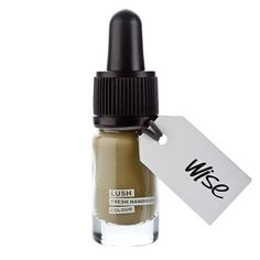 LUSH - Wise, Ombre À Paupières *SAGE GREEN Cream EYESHADOW for a matte, earthy look Saturated w/high-quality Pigments, giving reliable results each time applied Gentle formula of rose petal infusion, jojoba oil & almond oil ensures sensitive area around eye is cared for & luxuriously creamy texture.