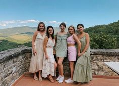 Fotos Selena Gomez, Selena Gomez Hair, Selena Gomez Pictures, Look At Her Now, Marie Gomez, Bridesmaid Dresses, Wedding Dresses, Beauty Queens, American Singers