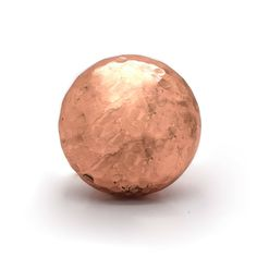 These beautiful copper hammered cupboard knobs are a new addition to the Pushka range. The detail makes these ideal for adding those finishing touches ***Suits chest of drawers, doors, kitchen cabinet doors and drawers, bedside tables, cabinets, wardrobe doors etc***The warm hammered copper metallic finish make these a perfect addition to your furniture. These elegant knobs make great housewarming presents or maybe a present for your own home to add that bit of character to your doors and…