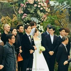 Songsong Couple, Song Joong Ki, Bridesmaid Dresses, Wedding Dresses, Kpop Girls, Handsome, Asian, Actresses, Couples