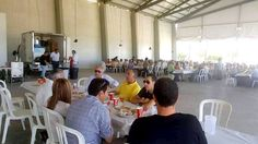 El Hogar del Pensionista celebra el Jueves de Corpus en la Carpa Municipal.