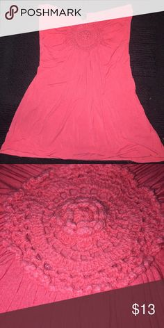 Coral colored halter super cute coral colored halter! soft material too. fits tight at the chest but flows nicely. in the center of the chest is a cute circular design as pictured! ⚡️BUNDLE FOR BETTER PRICES⚡️ Rue 21 Tops