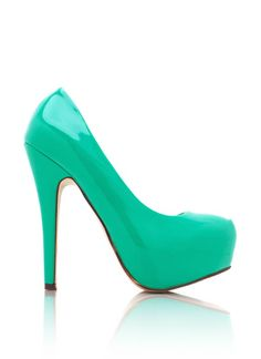 If only I could walk in heels :(