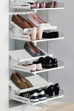 The contemporary shoe pull-out that gives a clear overview Living Room Units, Living Area, The Door Is Open, Shoe Storage, Dressing Room, Shoe Rack, Bedroom Decor, Contemporary, Shoes