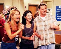 Chandler is a girl. Friends Cast, Friends Episodes, Friends Moments, Friends Tv Show, Friends Forever, Friends In Love, Best Friends, Friends Behind The Scenes, Happy Guy