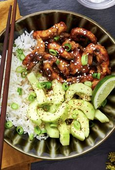 Korean-Style Chicken and Rice Bowl Easy chicken bowl recipe with sesame cucumber salad over ri Asian Recipes, Healthy Recipes, Ethnic Recipes, Hello Fresh Recipes, Clean Eating, Healthy Eating, Rice Recipes For Dinner, Chicken Thigh Recipes, Chicken Recipes For One