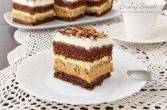 Ciasto baton - Grzechu warte! - przepisy z myTaste Mini Cakes, Cupcake Cakes, Food Cakes, Sweet Pastries, Polish Recipes, Cookie Desserts, Amazing Cakes, Food To Make, Cake Recipes