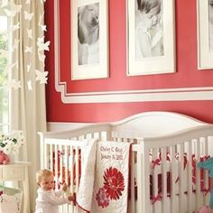 Great use of wall space/framing above crib