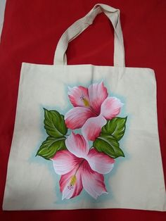 Hand Painted Dress, Hand Painted Fabric, Painted Bags, Saree Painting Designs, Fabric Paint Designs, Fabric Painting On Clothes, Painted Clothes, Hand Applique, Hand Embroidery Designs