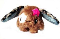 Fluse :Kleiner Hippie- Hase aus hochwertigem Kuschel -Plüsch,Fell-Imitat in Braun   ! Einzelstück!Unikat! Nach eigener Vorlage hergestellt! Maschinen