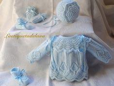 Laetiquetadelana Tutorials: booties for babies Baby Cardigan Knitting Pattern, Baby Knitting Patterns, Baby Patterns, Baby Coat, Knitted Coat, Knitting For Kids, Baby Boutique, Cute Baby Clothes, Baby Sweaters